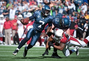 However, one of the best runs of the day game courtesy of Tarvaris Jackson, who on this run alternately wove then pounded his way into the end zone for Seattle's only touchdown.