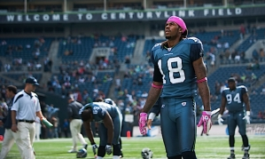 Wide receiver Sidney Rice sported a pink cap during the pregame stretch that he wore under his helmet during the game.