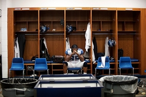 In the visitors locker room at the Edward Jones Dome, tight end Anthony sat alone with his thoughts in the minutes before the Seahawks took the field.