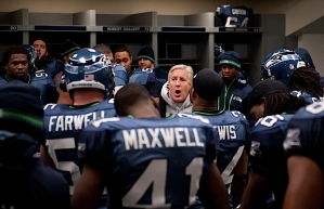 Head coach Pete Carroll speaks briefly to the team before they took the field.
