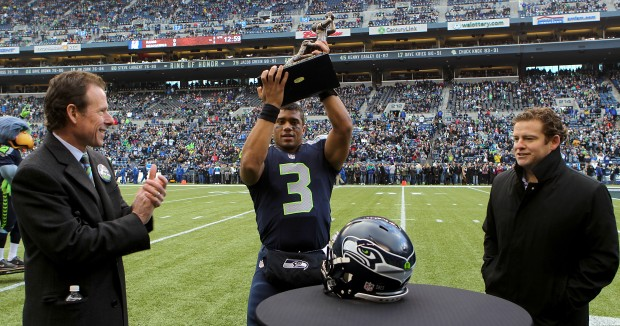 Russell Wilson, Largent Award