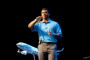 Russell Wilson leads youth pledge to stay in school, work hard & accomplish goals